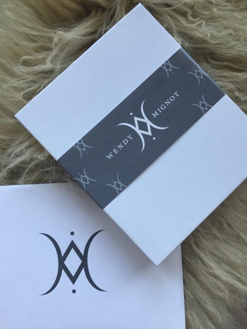 pearl bracelet box